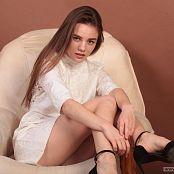 Alisa Model Set 058 035