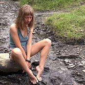 Petal Stone HD Video 407 040320 mp4