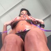 Nikki Sims Baby Oil Vibe Uncut HD Video 080320 mp4