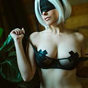 Meg Turney 2B 2Bra Picture Set