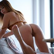 Ariel Rebel Silver Picture Set 002