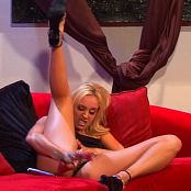 Kelly Wells Julie Night The More The Merrier bts Untouched DVDSource TCRips 070320 mkv