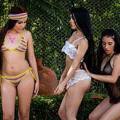 Natalia Marin Dulce Garcia and Melissa Lola Sanchez Group 18 TCG Set 018 tcg group 018 47