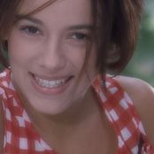 Alizee Gourmandises25 07 2001 HD Video 170420 mkv