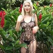 Tammy Molina Flower In The Garden TCG 4K UHD Video 008 210420 mp4