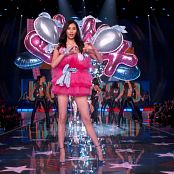 Selena Gomez 2015 11 10 Selena Gomez Hands To Myself Me And My Girls The Victorias Secret Fashion Show 1080i FEED HDTV 35Mbps DTS HD MA 5 1 Video 250320 ts