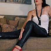 Young Goddess Kim Leather Lust Video 220520 mp4