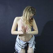 Fiona Model Striptease HD Video 173