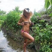 Madden Polka Dot Bikini Picture Set