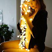 Ariel Rebel Light Bulbs Set 001 022