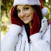 TeenModelingTV Chloe Xmas09 012
