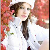 TeenModelingTV Chloe Xmas09 092