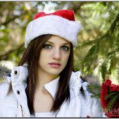 TeenModelingTV Chloe Xmas09 095