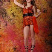 Silver Stars Eva Orangedress Set 001 014