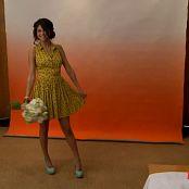 Selena Gomez 2012 04 10 Selena Gomez on the set of her Teen Vogue photo shoot Video 250320 mp4
