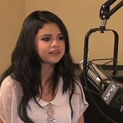 Selena Gomez 2012 04 20 Selena Gomezs Kiss Cam Confession Interview On Air With Ryan Seacrest Video 250320 mp4