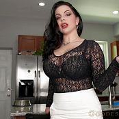 Goddess Alexandra Snow Adopt a Slave Video 140920 mp4