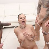 Jolee Love Piss Drink and Double Anal Gangbang SZ2516 4K UHD Video 041020 mp4