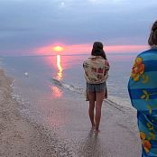 PilGrimGirl Sunrise at The Sea Video 131020 mp4