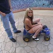 Courtney Cummz Cum Beggars 4 BTS Untouched DVDSource TCRips 110620 mkv