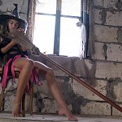 PilGrimGirl My Favourite Witch Girls Trailer Video 151120 mp4