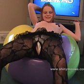 Kitty Kat Ride The Balloon Video 291120 wmv