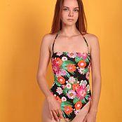 Alisa Model Set 069 001