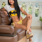 Thaliana Bermudez Bat Girl TCG Set 019 049
