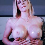 Goddess Amanda Topless Oiled Big Boob TherapyFantasy Video 301120 mp4
