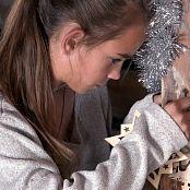 PilGrimGirl Preparation For Christmas Video 001 271220 mp4