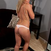 Madden Remastered Set 2542 MaddenPearlsBarefootOnCouch0047 lg hq upscale