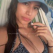 Britney Mazo OnlyFans Beach Pussy Rub HD Video 220121 mp4
