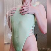 Jessica Nigri OnlyFans Green Swimsuit Tits Video 310121 mp4