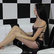 Eva Model Striptease HD Video 029 100221 avi