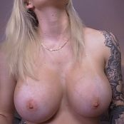 Goddess Amanda Slave to My Huge Oiled Boobs Video 230321 MP4