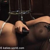 katies world com 06 11 05 05 020421 wmv