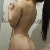 Laurita Vellas OnlyFans Topless Shower Video 070421 mp4