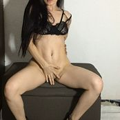 Laurita Vellas OnlyFans Black Lingerie Video 180421 mp4