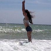 Cinderella Story OnlyFans Juliet Summer Wild Beach Video 003 210421 mp4