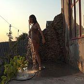 Cinderella Story OnlyFans Juliet Summer Shower Video 003 220421 mp4
