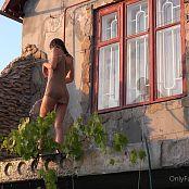 Cinderella Story OnlyFans Juliet Summer Shower Video 004 220421 mp4