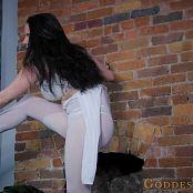 Alexandra Snow Short Little Striptease Video 250421 mp4