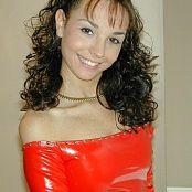 Jennifer Heart Shiny Red dscn0110