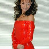 Jennifer Heart Shiny Red dscn0118