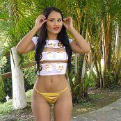 Thaliana Bermudez Emoticon Shirt TCG 4K UHD Video 025 010621 mp4