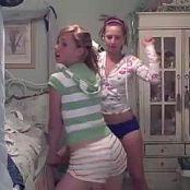 2 girls in bedroom dancing video 220621 wmv