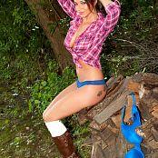 Nikki Sims Remastered Set 362 NikkiPlaid20130062 lg hq upscale