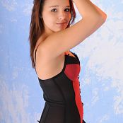 TeenMarvel Daisy Black Red 008