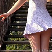 Cinderella Story Juliet Summer Dancing On The Stairs 005