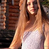 Cinderella Story Juliet Summer Dancing on The Stairs HD Video